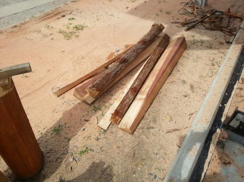 杉の製材(割ってみないと判らない事って一杯有るね。)_d0190318_18302117.jpg