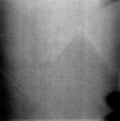 準惑星セレスに「ピラミッド」?、光も NASAが画像公開  / CNN ・AFP_b0003330_1051259.jpg