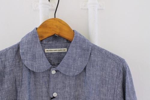 丸襟のリネンシャツ。_e0247148_19345385.jpg