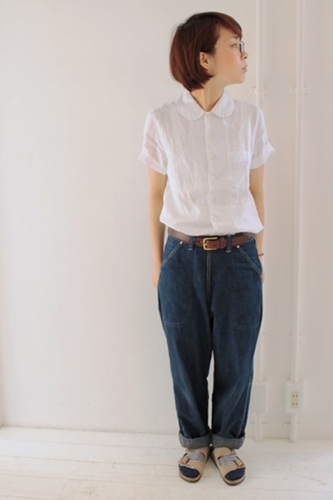 丸襟のリネンシャツ。_e0247148_19345389.jpg