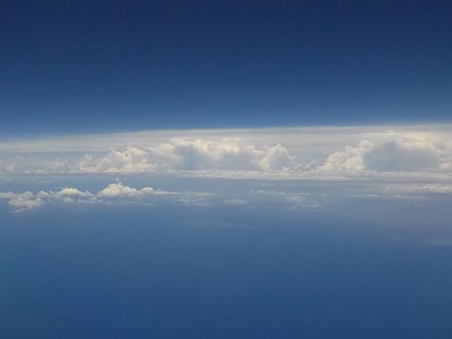バリ島へ行く。② ~行きのガルーダが超良かった話~_f0232060_16225879.jpg