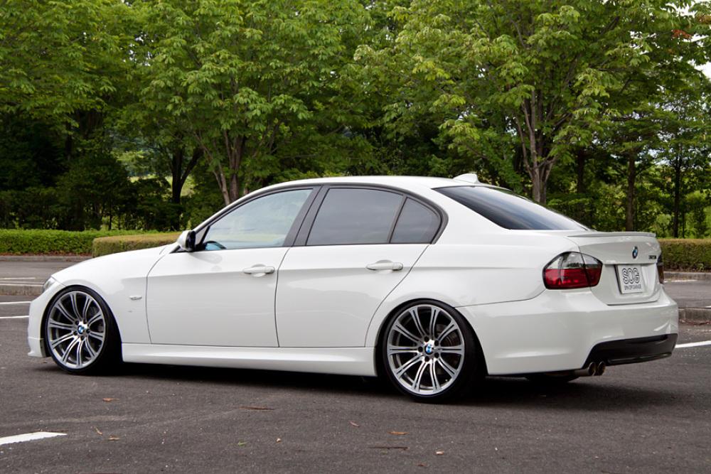 BMW 323i Msport カスタム 入庫しました。_c0317377_17395187.jpg