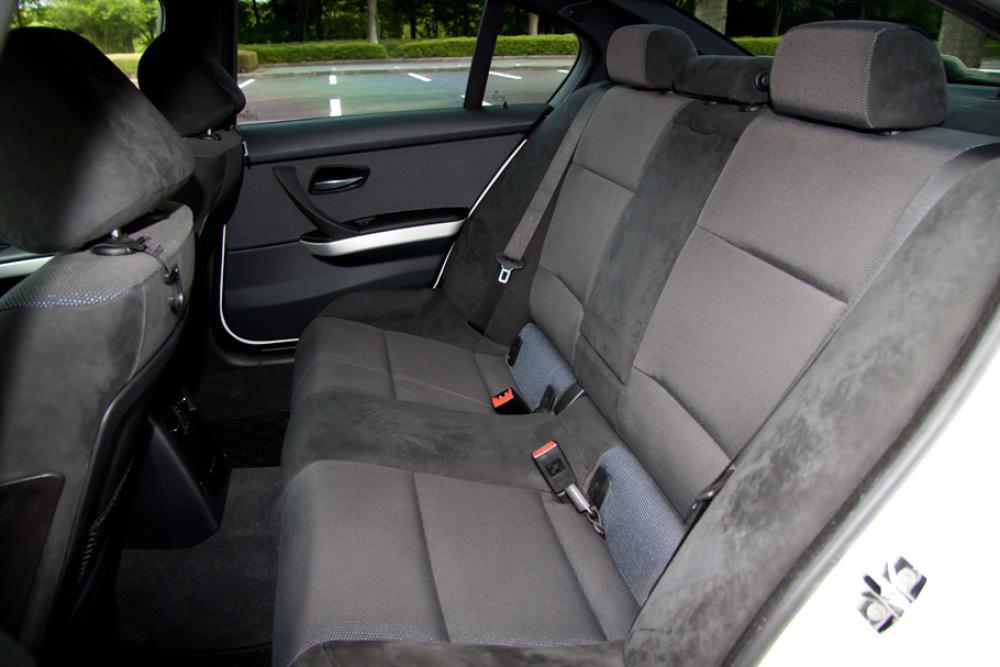 BMW 323i Msport カスタム 入庫しました。_c0317377_17422147.jpg