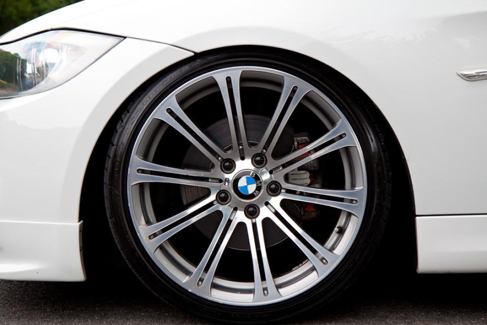 BMW 323i Msport カスタム 入庫しました。_c0317377_17431326.jpg
