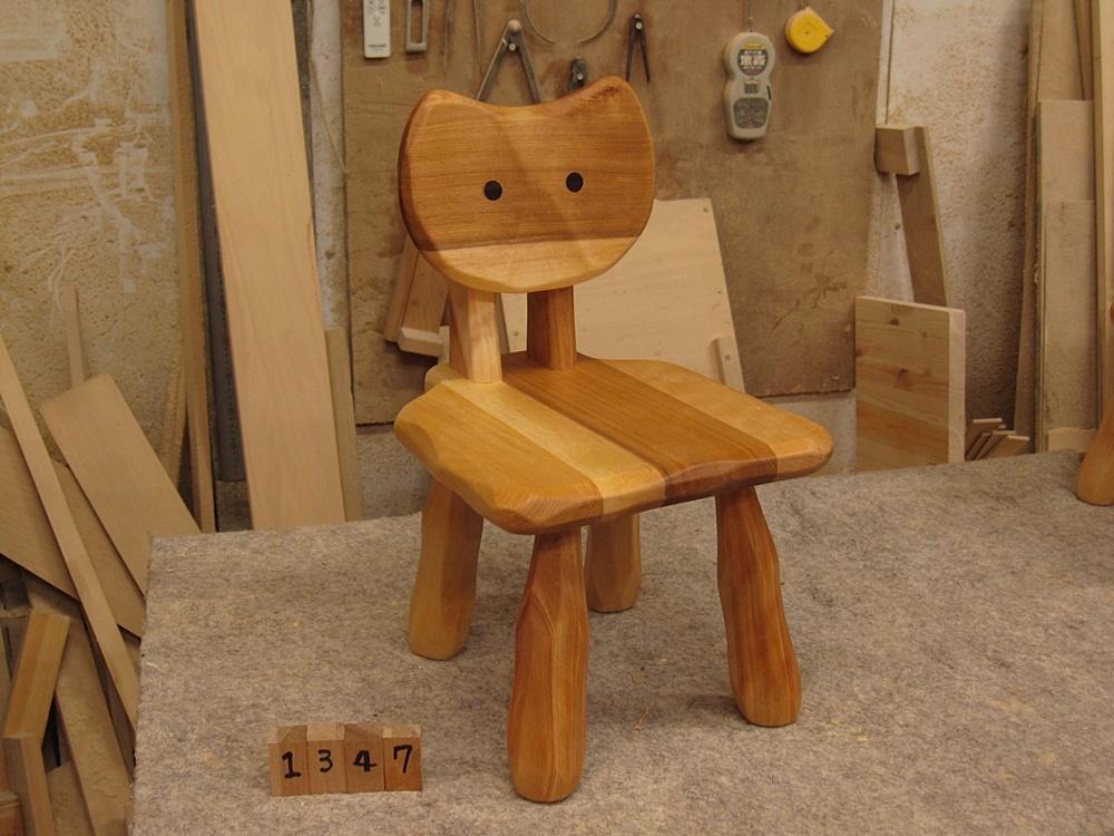 こねこ椅子5脚_e0072513_14315605.jpg