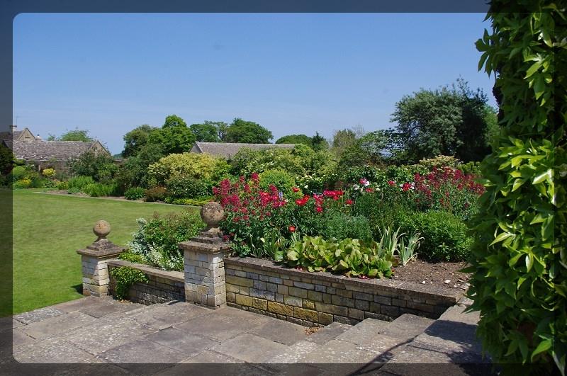 イギリス旅行記2 Bourton House Garden_e0136424_02002031.jpg