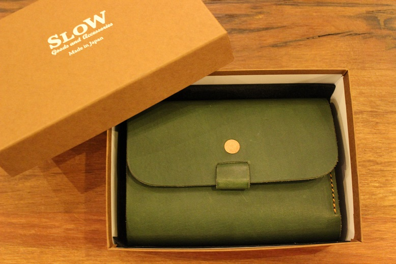 "SLOW ""toscana -flap hold wallet- \"" ご紹介 _f0191324_9421291.jpg"