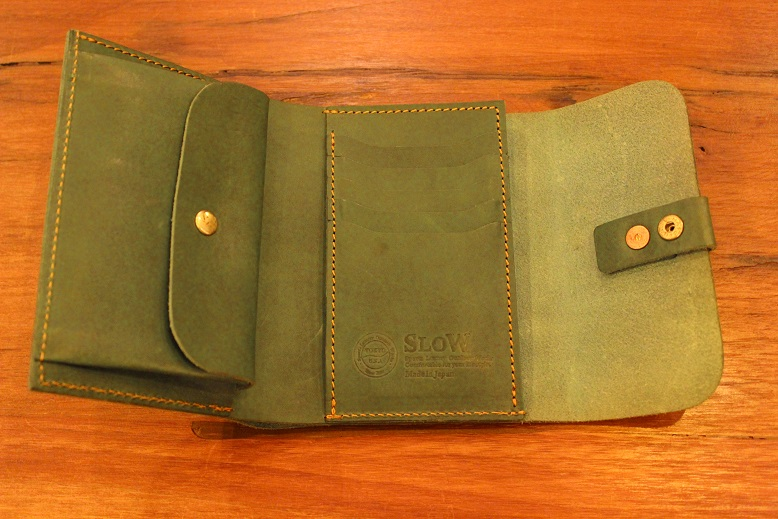 "SLOW ""toscana -flap hold wallet- \"" ご紹介 _f0191324_9421947.jpg"