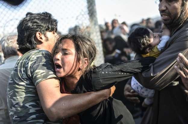 AFP記者コラム】トルコ国境に押し寄せるシリア難民の波_b0064113_8422047.jpg