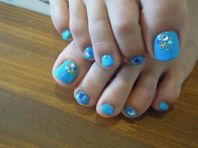 Bule Foot Nail _a0239065_14472663.jpg