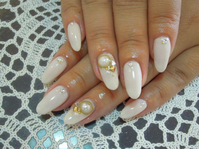 White Nail_a0239065_14505191.jpg