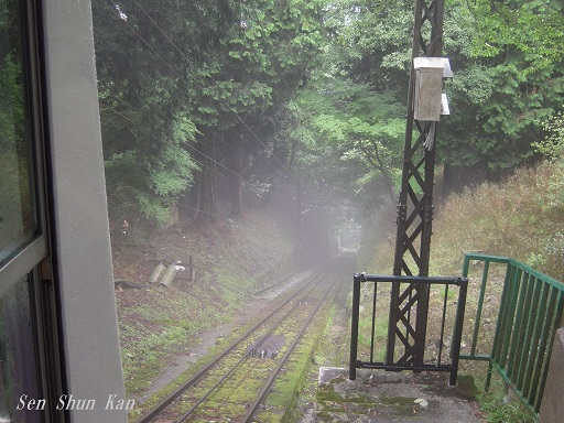 雨にけむる比叡山_a0164068_2248532.jpg
