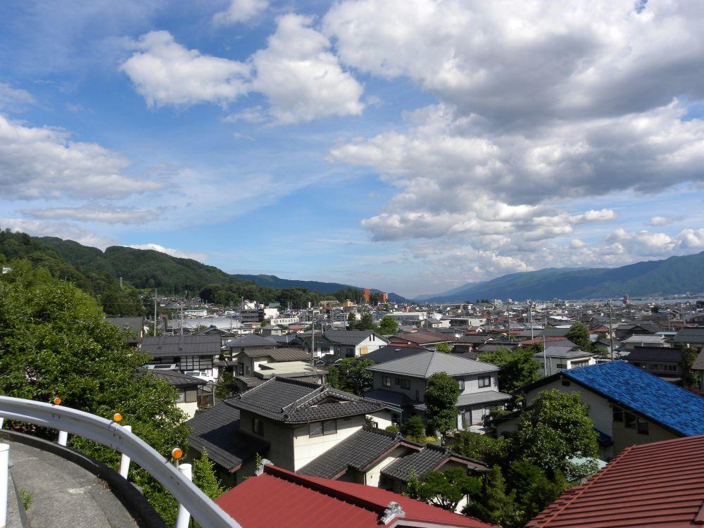 諏訪大社・春宮周辺の散歩_b0329588_18043546.jpg