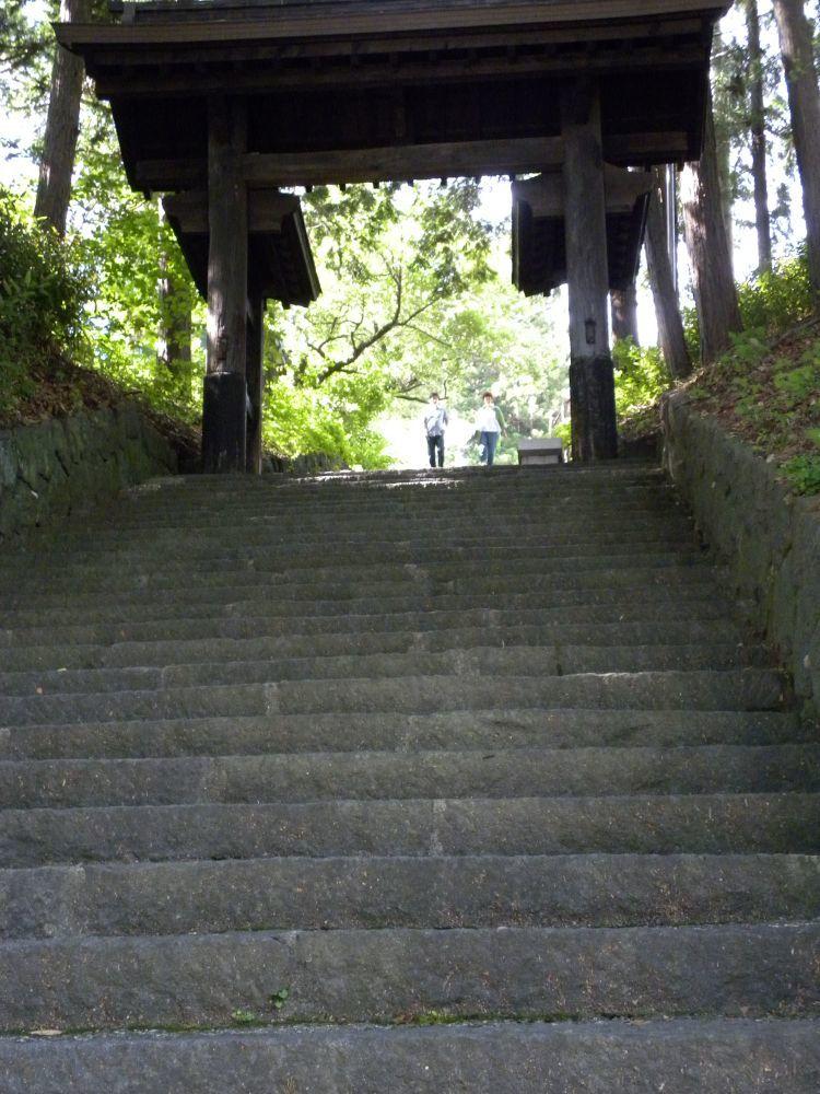 諏訪大社・春宮周辺の散歩_b0329588_18051256.jpg