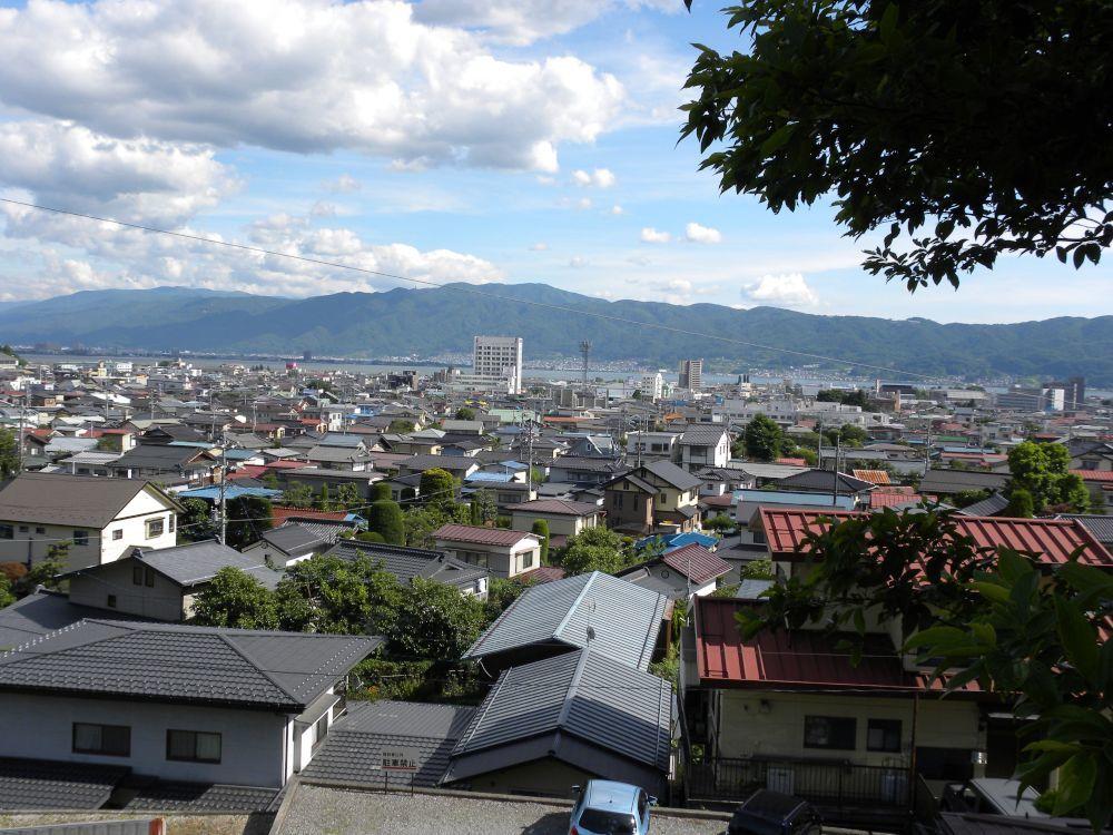 諏訪大社・春宮周辺の散歩_b0329588_18400668.jpg