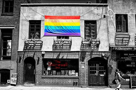 GoogleNY本社もこんなロゴでゲイ・パレードをお祝い_b0007805_0321853.jpg