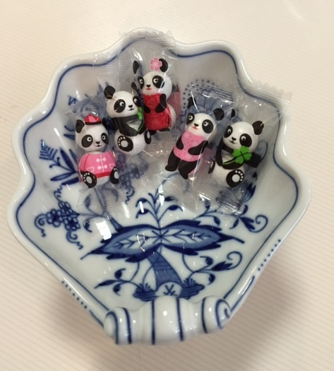 友人宅への手土産は名前入り刺繍バッグ♪_c0316026_19335294.jpg