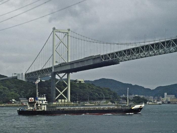 関門海峡_f0315034_16003050.jpg