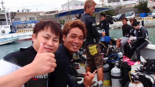 沖縄DIVE!ジンベイ&ピカチュウドリームホール_a0226058_1634738.jpg