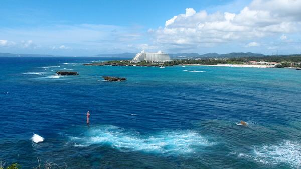 沖縄DIVE!ジンベイ&ピカチュウドリームホール_a0226058_17153130.jpg