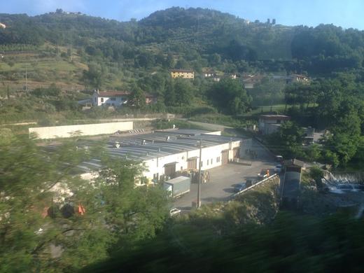 イタリアの車窓から フィレンツェ―リミニ間_a0136671_4233285.jpg