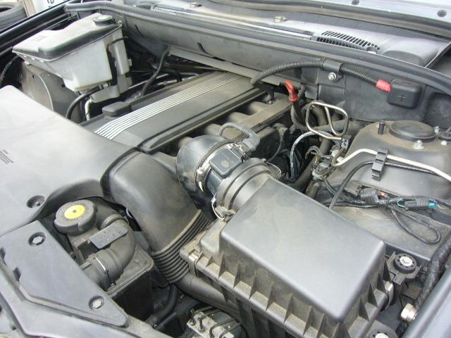 BMW X5 エアセンサーの交換_c0267693_16040670.jpg