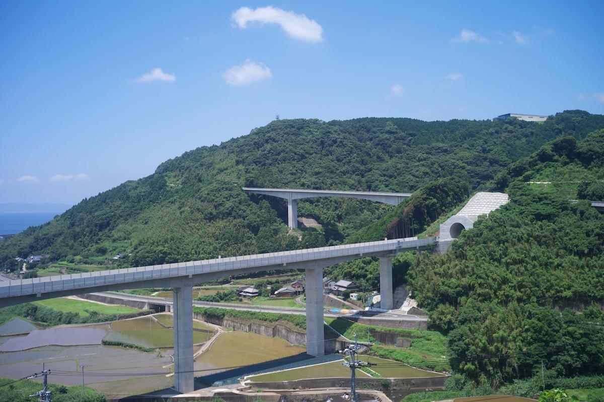 新幹線建設中_f0231512_00421416.jpg
