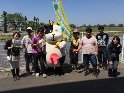 本番!かがみいし田んぼアート田植祭り_e0140921_2262985.jpg