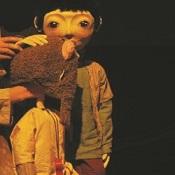インドネシアの人形劇: Secangkir Kopi dari Playa(劇団:Papermoon Puppet Theatre) _a0054926_6133851.jpg