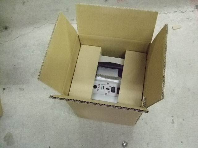 携帯型電源装置の梱包材設計依頼_e0189870_17353195.jpg