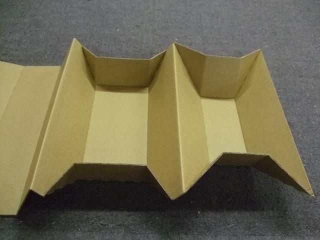 携帯型電源装置の梱包材設計依頼_e0189870_1045696.jpg