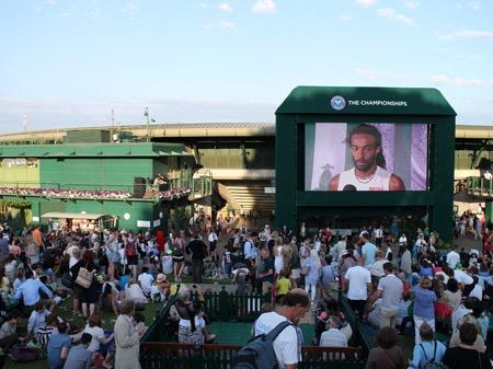 ウィンブルドンでテニス観戦@追記_b0199526_18485962.jpg