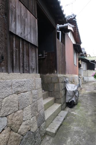 海界の村を歩く 瀬戸内海 粟島(香川県三豊市)_d0147406_15554306.jpg