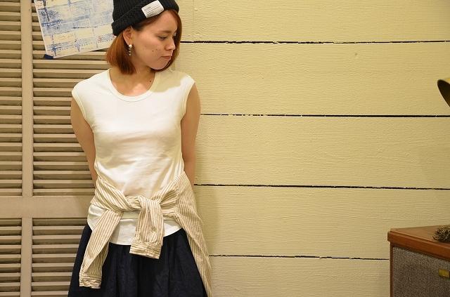 -- New --- D.M.G. ストライプシャツの使い方。_a0256162_19505024.jpg
