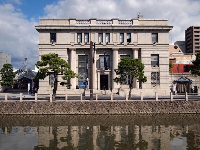 旧日本銀行松江支店(カラコロ工房)_f0116479_16070900.jpg