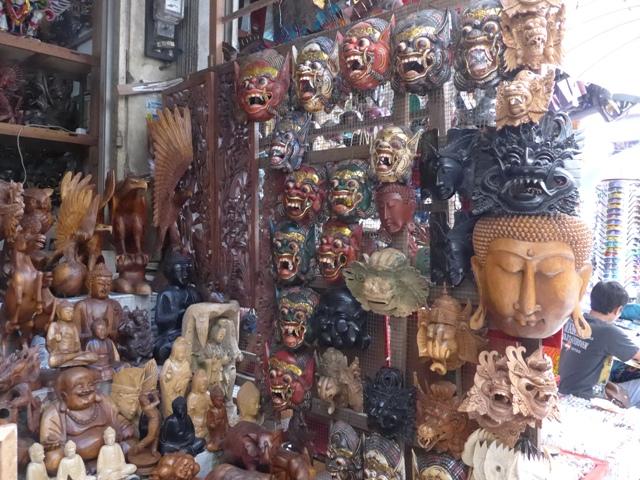 バリ島へ行く。⑩ ~王宮と市場の町ウブドへ~_f0232060_20283014.jpg