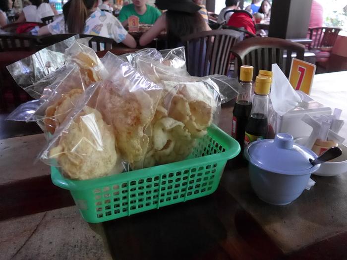 バリ島へ行く。⑪ ~バリ地元料理バビグリンを食す~_f0232060_22101865.jpg
