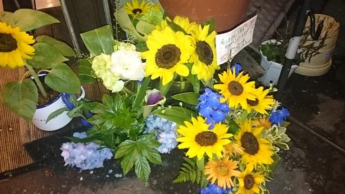 「お花でいっぱい」_a0075684_2137457.jpg