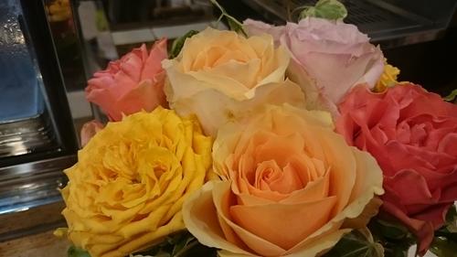 「お花でいっぱい」_a0075684_2137463.jpg