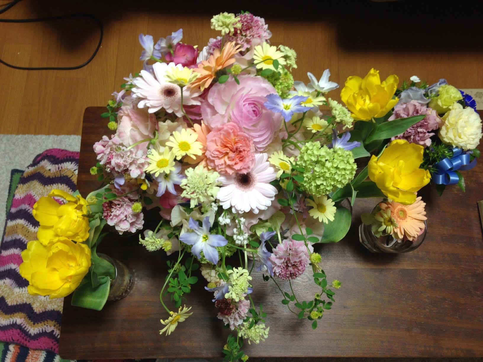 新郎新婦様からのメール 春の装花と春のブーケ サンス・エ・サヴール様へ_a0042928_22405214.jpg