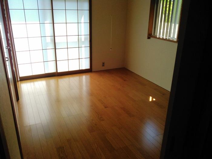 床工事 ~ 和室工事終了。_d0165368_5102960.jpg