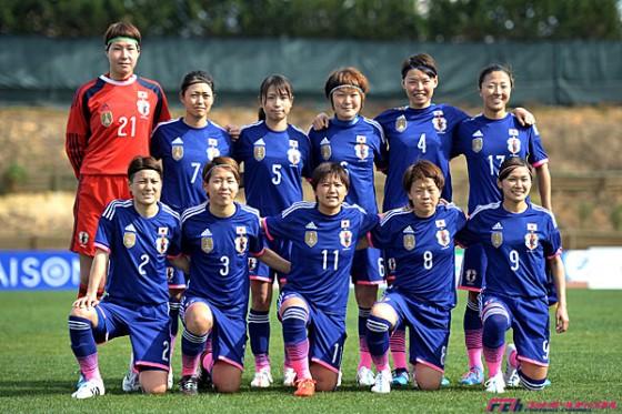 「芝の上のなでしこ」:女子サッカーの「なでしこ維新」は「明治維新」に匹敵する!?_e0171614_7563767.jpg