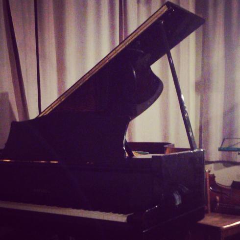 ピアノと満園とbd_c0168222_00255733.jpg