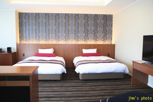 十字街にラグジュアリーなホテルがオープン!_a0158797_026732.jpg