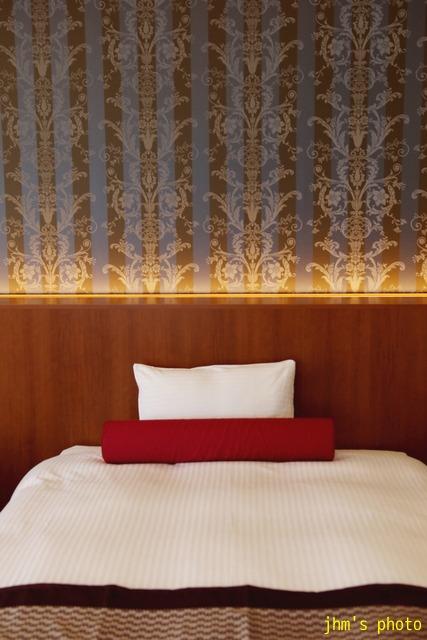 十字街にラグジュアリーなホテルがオープン!_a0158797_0393938.jpg