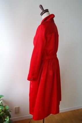 着物リメイク・雨コートから真っ赤な女優コート_d0127925_16552545.jpg