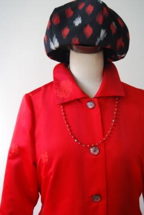着物リメイク・雨コートから真っ赤な女優コート_d0127925_16555613.jpg