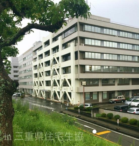 三重県住宅生協さんへ_e0303386_08395723.jpg