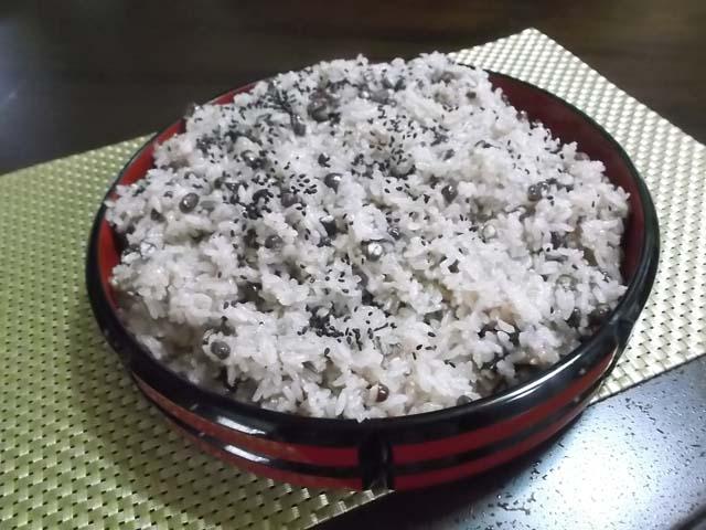 炊飯器で簡単赤飯_f0019498_1325401.jpg