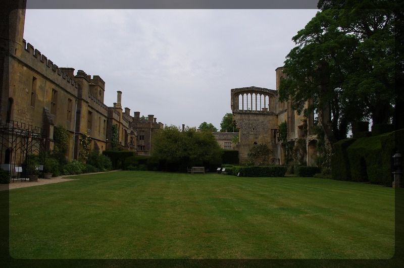 イギリス旅行記4 Sudeley Castle_e0136424_21074997.jpg